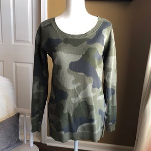 Cute camouflage tunic sweater top